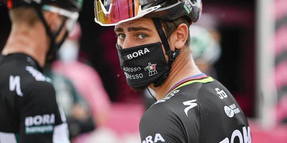 1. Peter Sagan pone fin a su sequía a modo de 'clásica' en el Giro