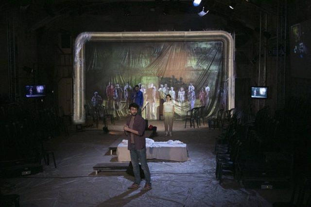 Assaig de l'espectacle 'Assedegats', de Wajdi Mouawad i Benoît Vermeulen, al Teatre Biblioteca de Catalunya. (Horitzontal)