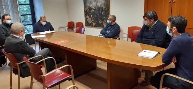 Reunión de grupos municipales del Ayuntamiento de Gijón con representantes de CSI Arcelor Asturias