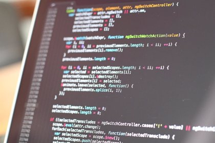 Portaltic.-Logran sobrepasar la seguridad de ordenadores Mac con chips T2 mediante cables USB-C alterados