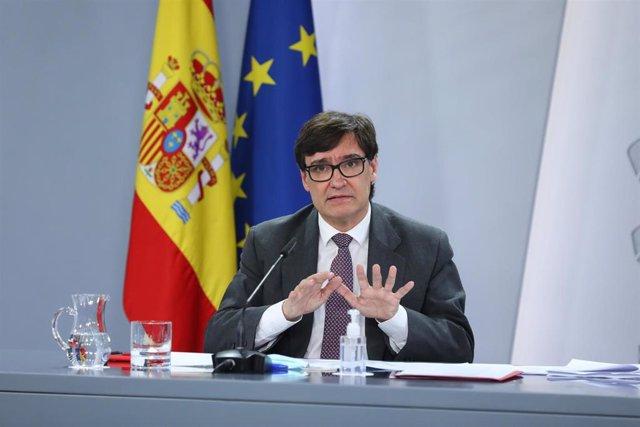 El ministro de Sanidad, Salvador Illa, comparece tras el Consejo de Ministros extraordinario celebrado en Moncloa para decretar el estado de alarma en Madrid (España), a 9 de octubre de 2020. La declaración del estado de alarma  se ha decretado para resta