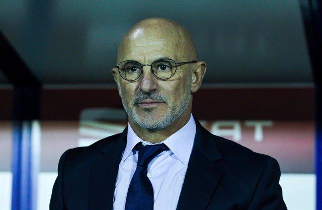 """Fútbol/Sub-21.- De la Fuente: """"Hemos cumplido el objetivo y hemos consolidado la"""