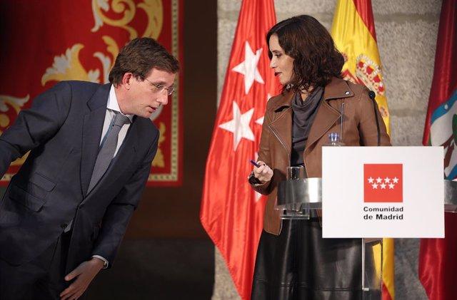 La presidenta de la Comunidad de Madrid, Isabel Díaz Ayuso; y el alcalde de Madrid, José Luis Martínez-Almeida