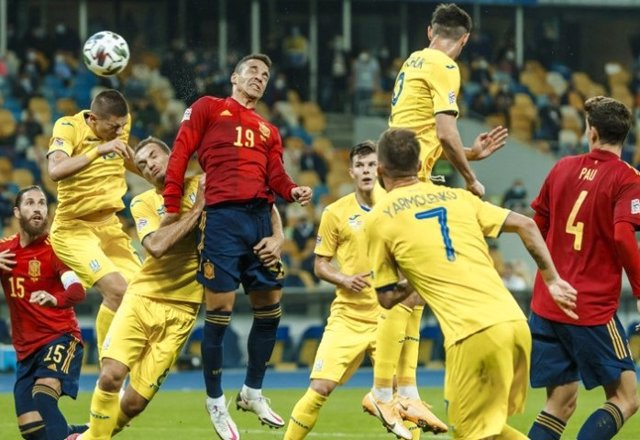 Fútbol/Selección.- Crónica del Ucrania - España, 1-0