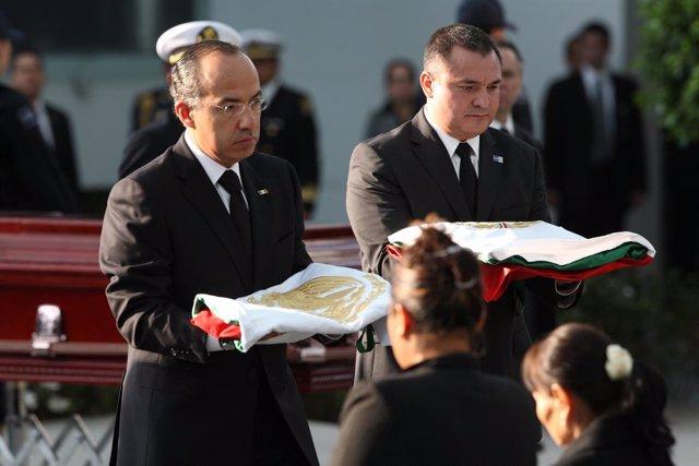 México.- El Gobierno de Calderón pagó 16 millones de euros por un curso de hora