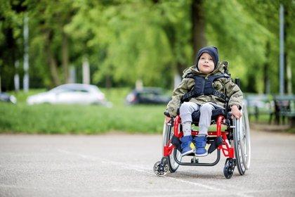 Las 7 pautas para elegir bien una silla de ruedas, sobre todo de niños