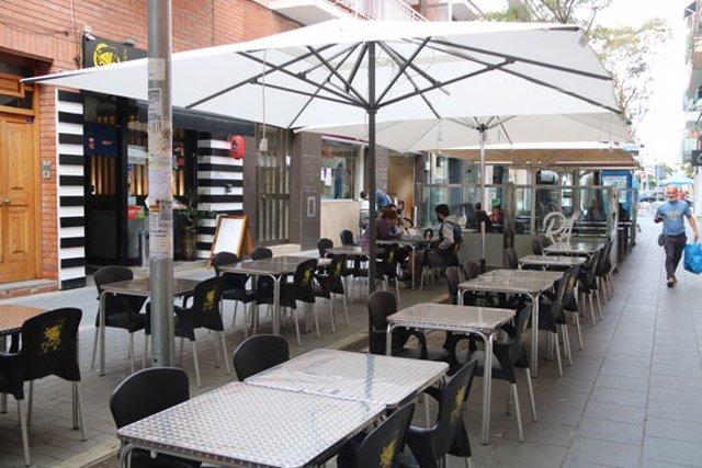 Imatge de la terrassa d'un restaurant de Castelldefels aquest 14 d'octubre de 2020. (Horitzontal)