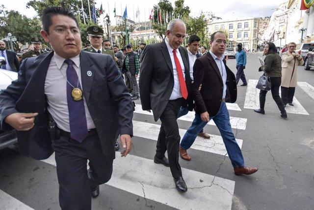 AMP.- Bolivia.- La Asamblea Legislativa de Bolivia censura a los ministros de Go