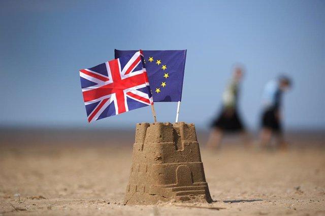 Cumbre UE.- Los líderes de la UE reclamarán este jueves a Londres alternativas p