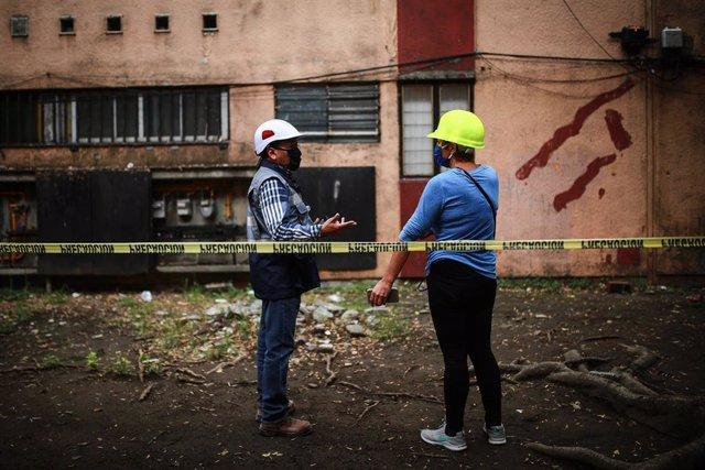 Imagen de archivo de un derrumbamiento tras un terremoto en México