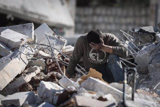 Siria.- HRW responsabiliza a Al Assad y Putin de posibles crímenes de guerra en