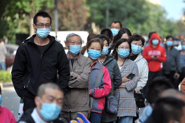Coronavirus.- La ciudad china de Qingdao realiza más de nueve millones de prueba