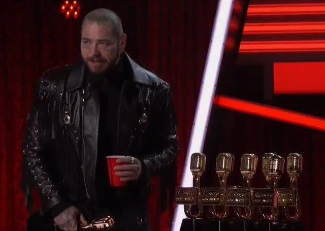 Post Malone arrasa en los Billboard Music Awards
