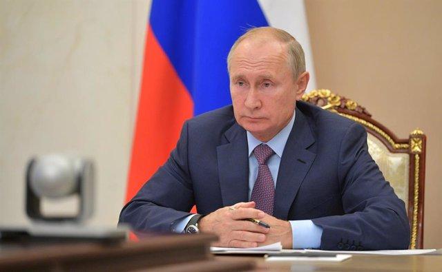 Rusia.- La UE sanciona al círculo cercano a Putin por el envenenamiento de Naval