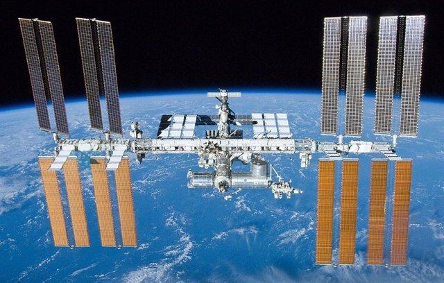 Falla el generador de oxigeno del segmento ruso de la Estación Espacial