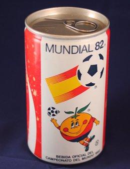 La lata de aluminio cumple 85 años, en los que ha reducido su peso en más de 100 gramos.