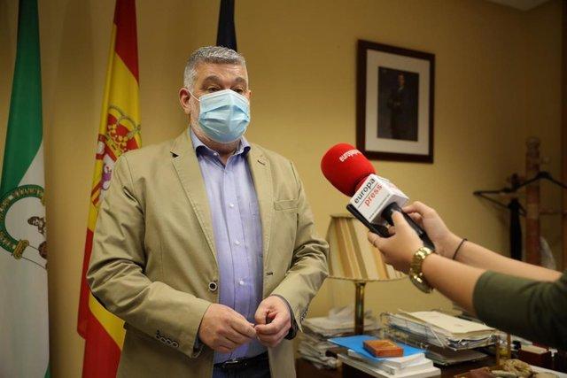 David J. García Ostos, alcalde de Écija