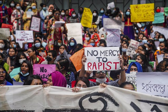 Bangladesh.- Condenados en Bangladesh a pena de muerte cinco hombres por violar