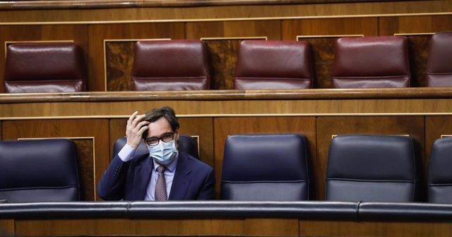 El ministro de Sanidad, Salvador Illa, durante en una sesión plenaria en el Congreso de los Diputados, en Madrid, (España), a 15 de octubre de 2020. Esta sesión se centrará en explicar el estado de alarma decretado en Madrid por el Covid-19.