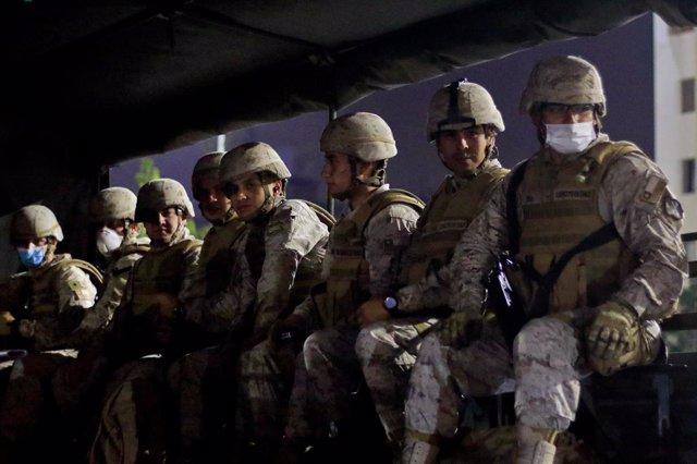"""Chile.- La Policía de Chile detiene a una decena de personas por """"constantes ata"""