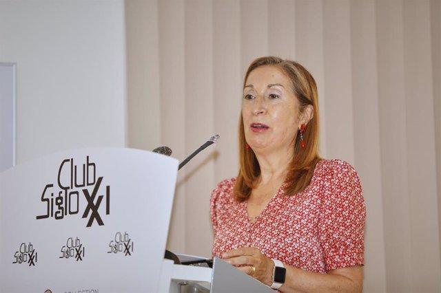 La vicesecretaria de Política Social del PP, Ana Pastor, durante una conferencia impartida en el Club Siglo XXI con el título 'Impacto Sanitario, económico y social del Covid-19; el reto de hacerle frente'. En Madrid, (España), a 10 de septiembre de 2020.