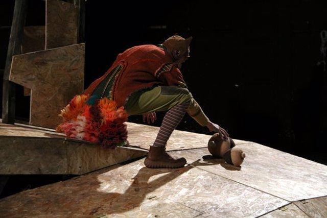 Un instant de l'assaig de l'espectacle 'La faula de l'esquirol' de La Baldufa. Imatge publicada el 16 d'octubre de 2020. (Horitzontal)