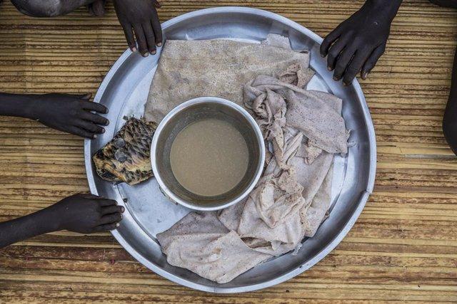 DDHH.- Un plato básico de comida se convierte en un lujo en el África Subsaharia