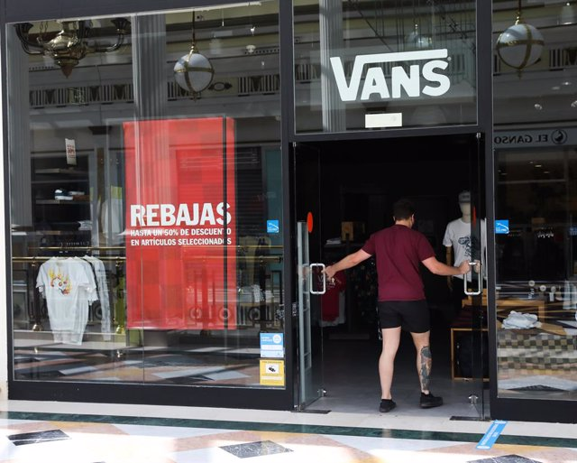 EEUU.- El dueño de Vans y Timberland gana un 60% menos en su segundo trimestre,