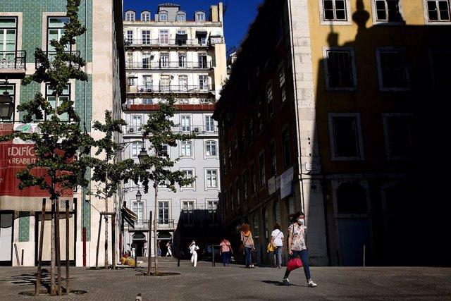 Coronavirus.- Portugal continúa su tendencia al alza y notifica más de 2.600 nue
