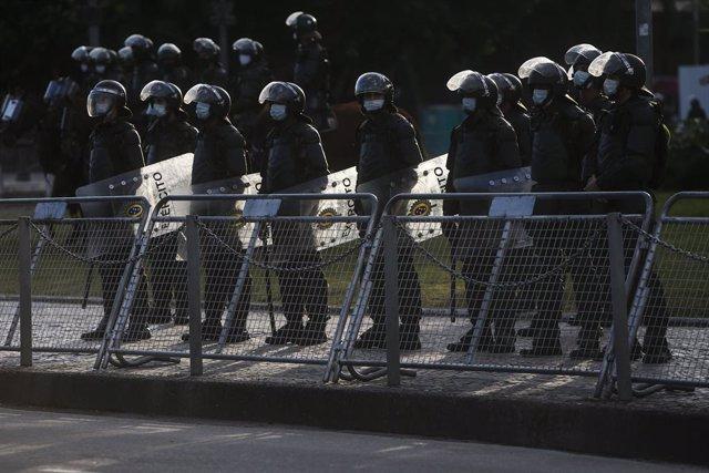 Brasil.- Mueren doce supuestos miembros de un grupo delictivo durante una operac