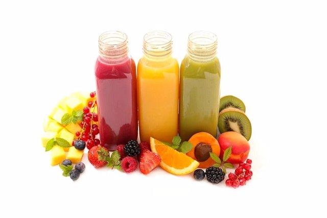 Bodegón de frutas y zumos