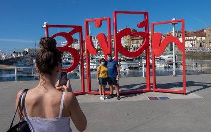 Los viajeros españoles puntúan con un notable la seguridad en sus vacaciones