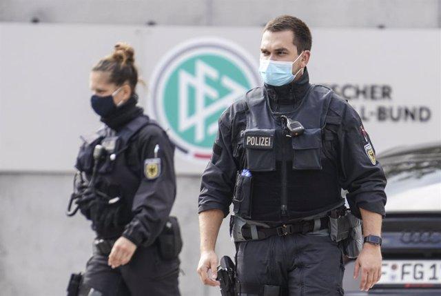 """Alemania/Siria.- El Gobierno alemán designa como """"amenazas"""" a 91 islamistas reto"""