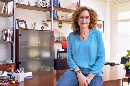 """Nuria López espera que Unicaja """"siga siendo una referencia"""" y le preocupa que Abengoa """"siempre está en la cuerda floja"""""""