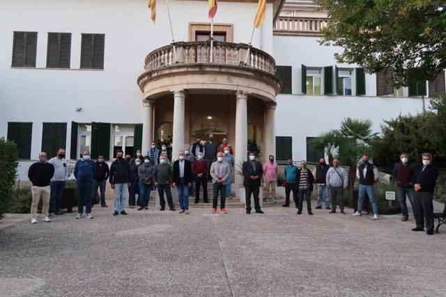 Representantes del Consell, de la Federación Balear de Caza y sociedades de cazadores de Mallorca.