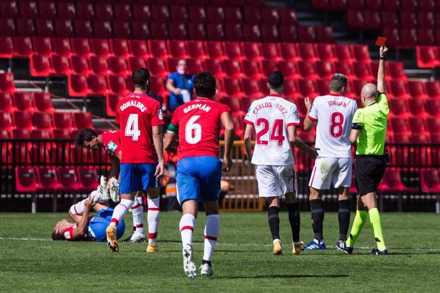 Fútbol/Primera.- (Crónica) Yangel Herrera fulmina a un Sevilla en inferioridad
