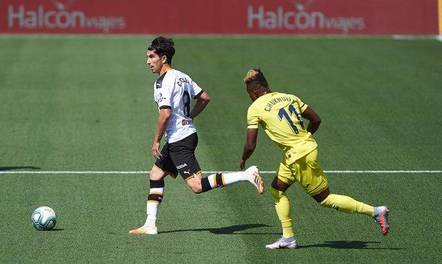 Fútbol/Primera.- (Previa) Betis y Real Sociedad enfrentan sus buenas rachas; der