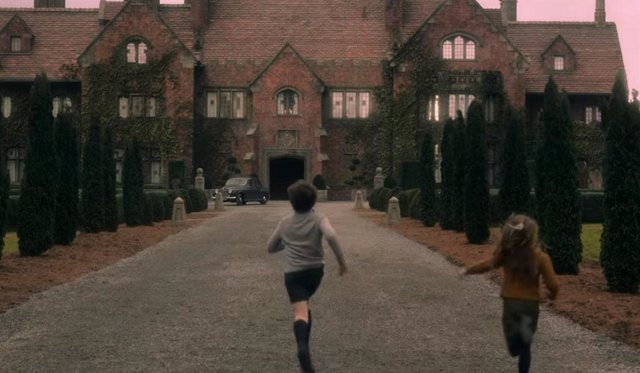¿Es Un Lugar Real La Mansión Encantada De La Maldición De Bly Manor?