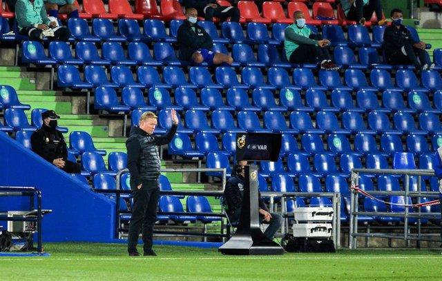 Soccer: La Liga  - Getafe CF v FC Barcelona