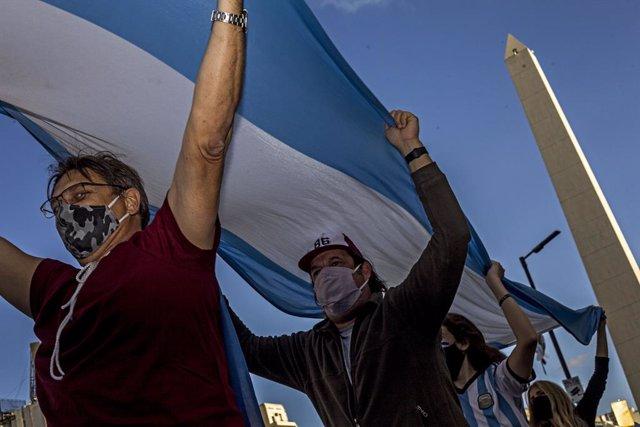 Coronavirus.- Argentina se acerca al millón de casos al sumar 13.510 nuevos cont