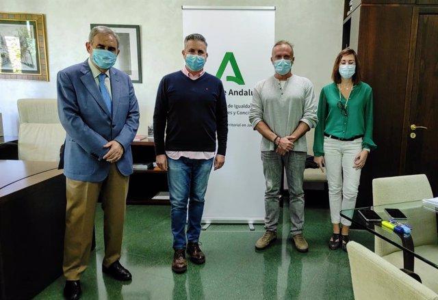 La Junta de Andalucía apoyará dos proyectos de Cáritas y Cruz Roja para reforzar la red de albergues temporeros de Jaén.