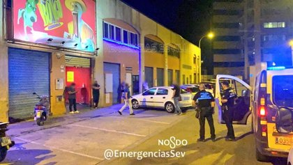 Policía Local de Sevilla cierra el fin de semana con más de 650 multas por botellón o no usar la mascarilla