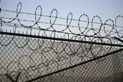 Ingresa en prisión una mujer por agredir presuntamente con un cuchillo a su marido