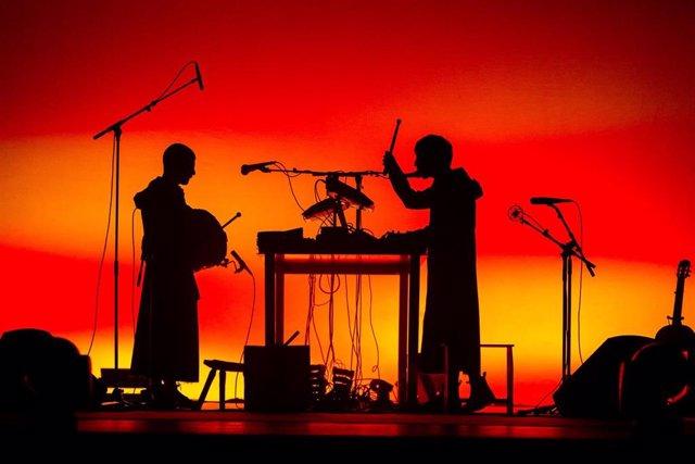 Rodrigo Cuevas & Refree actúan en la 23 Fira Mediterrània de Manresa (Barcelona).