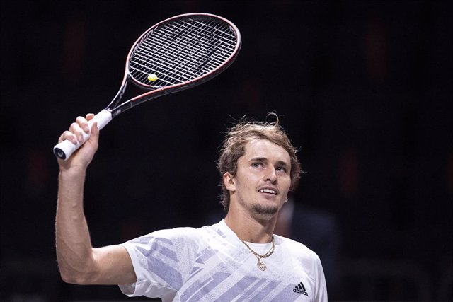 Tenis.- Zverev no falla en la final de Colonia