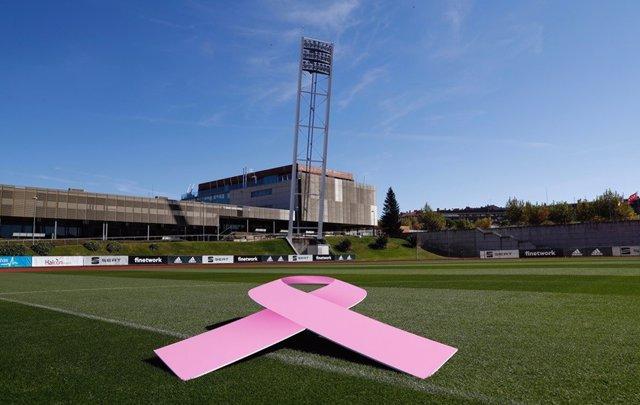"""Fútbol.- La RFEF se vuelca en la lucha contra el cáncer de mama: """"Todos juntos l"""