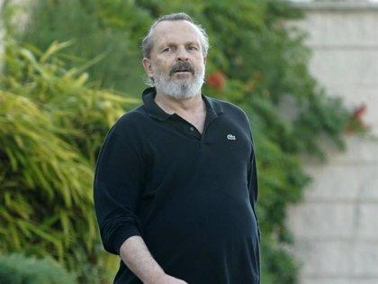 """Miguel Bosé, """"invisible"""" a su llegada al juicio que le enfrenta a Nacho Palau"""