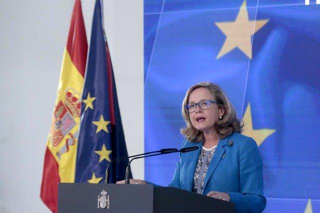 La vicepresidenta tercera del Govern central i ministra d'Afers Econòmics i Transformació Digital, Nadia Calviño a La Moncloa. Madrid (Espanya), 7 d'octubre del 2020.