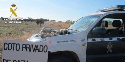Investigan a tres hombres que estaban cazando de forma ilegal en Los Yébenes