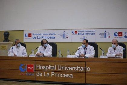 Varios hospitales madrileños prueban un fármaco contra el Covid de una empresa regional con resultados positivos